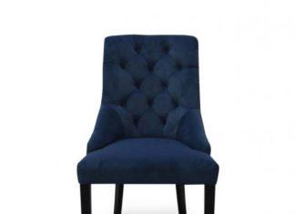 Krzesła w stylu vintage do białego mieszkania